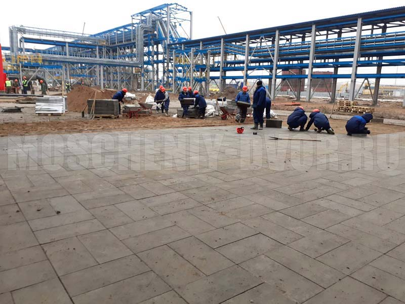 монтаж плитки на территории компрессорной станции
