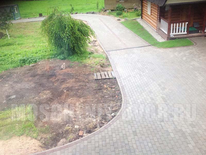 мощение участка перед домом в пос. поляны